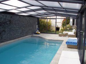 Abri de piscine haut fixe