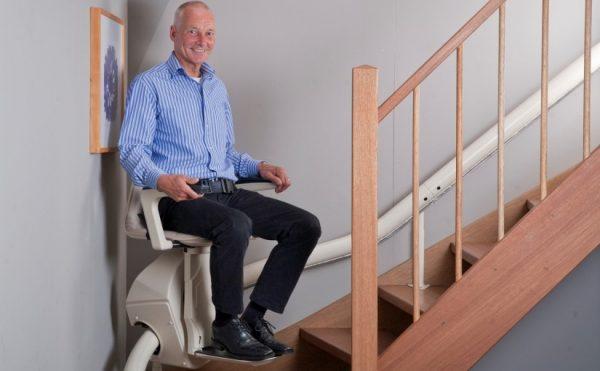 monte escalier tournant